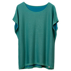 Reversible tee in bud green & blue aqua