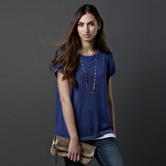 Reversible tee in lupin & cobalt