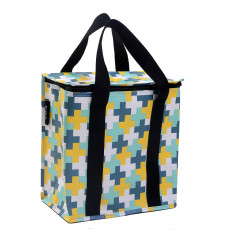 Insulated picnic bag in crosses print