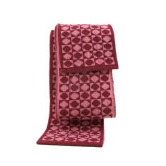 Tic-tac-toe wool scarf