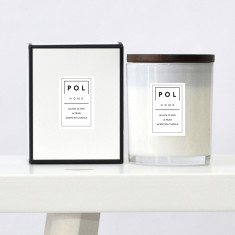 Black clove & pear large scented soy candle