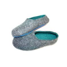 Men's custom handmade felt slippers