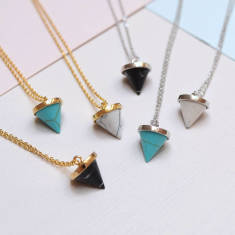 Gemstone Marble Point Necklace