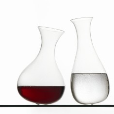 Dance of the glasses carafe