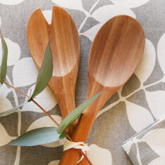 Set of 2 bamboo salad servers