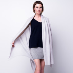 Sabrina oversized cashmere travel wrap