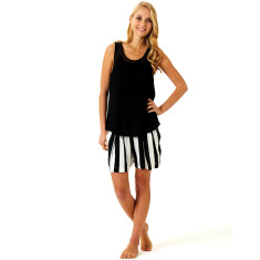 Ici et la night shorts in black & white