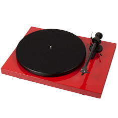 Debut carbon DC audiophile turntable