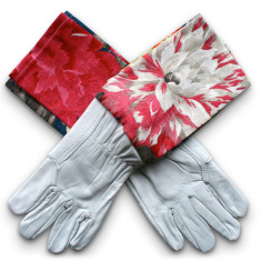 Washable leather gardening gloves in Queens Favourite