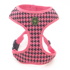 Houndstooth dog harness in pink