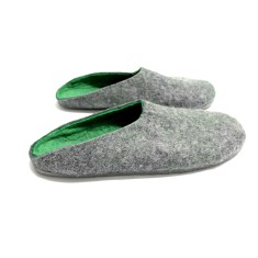 Men's Wool Clogs In Restful Green