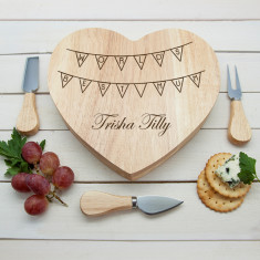 World's Best Mum Bunting Heart Cheese Board