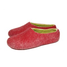 Women's Felted Slippers In Tulip Red