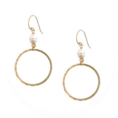 Freshwater pearl and hammered fine brass hoop earrings