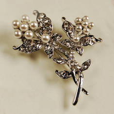 Entwined Flower Brooch