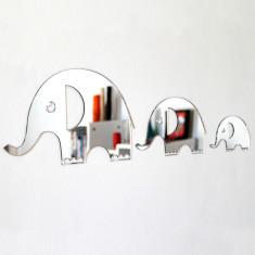 Shatterproof Elephant Family of three Mirrors