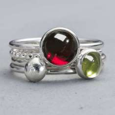Envy garnet and peridot silver stacking ring set