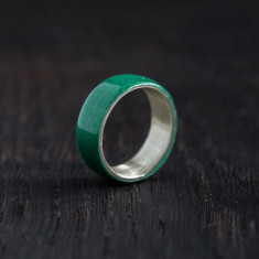 Silver bentwood ring in green