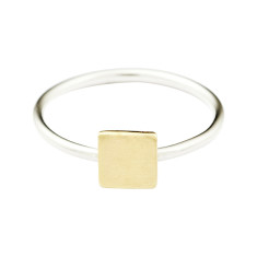 Square stackable ring