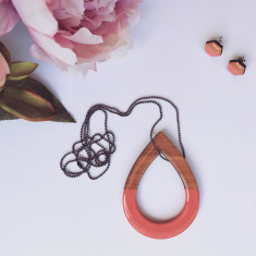 Double sided salmon tear drop necklace