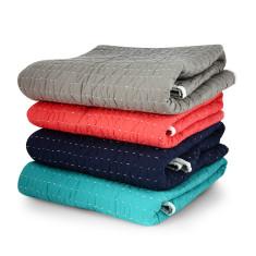 Stitched quilt (various colours)