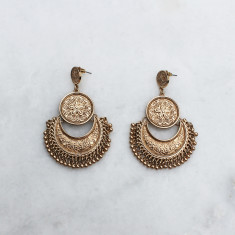 Blake earrings in gold
