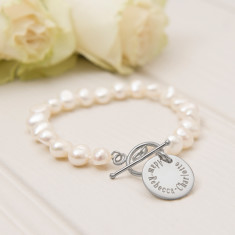 Words And Memories Pearl Bracelet