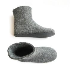 Women's wool slipper boots in grey