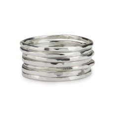 Skinny stackable rings (set of 7)