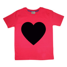 Kids' chalkboard t-shirt in love heart (red) design