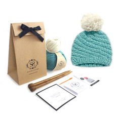 Beginners Luca Pom Hat DIY Knitting Kit in Teal
