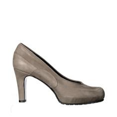 Fonda heels