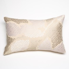 Four seasons white cushion