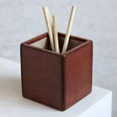 Leather pen pot