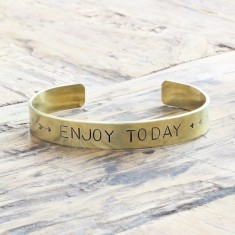 Enjoy today bracelet (various metal colours)