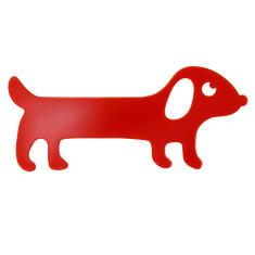 Annabelle the sausage dog brooch