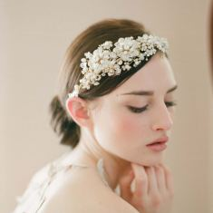 Romantic bride wedding headband