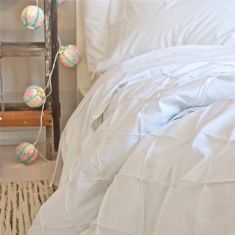 Gather duvet cover in white