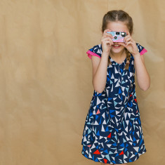 Girls' flippy dress in Geo