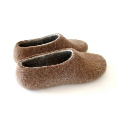Women's Felted Wool Slippers In Brown