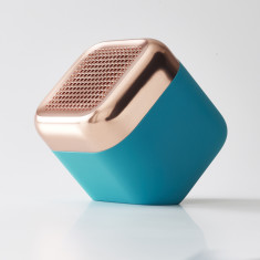 Kakkoii qbl chrome waterproof, wireless speaker