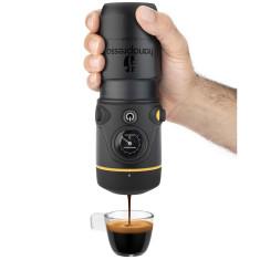 In-car espresso coffee maker by Handpresso