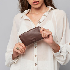 Lucy Classic Collection pouch purse in chocolate