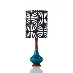 Electra small table lamp in Travellers Palm