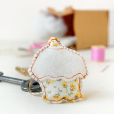 Make Your Own Cupcake Key Ring Craft Kit