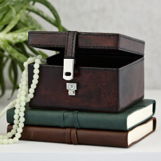 Personalised Leather keepsake stud box