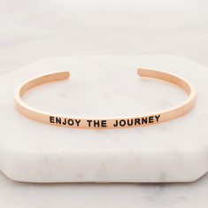 Enjoy the journey bangle in rose gold