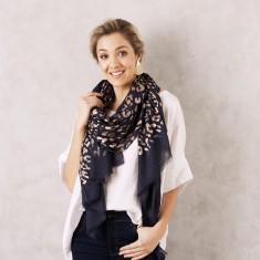 Animal print scarf in metallic