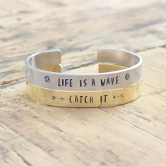 Live is a wave... Catch It! bracelets (set of 2) (various metal colours)