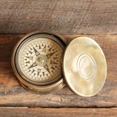 Drum compass